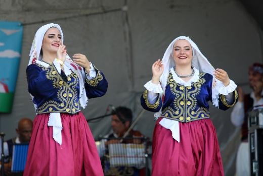 Londra'da İlki Düzenlenen Kıbrıs Türk Kültür Festivali Pazar Günü gerçekleşti  Kuzey Londra'nın Lea Valley Park'ta gerçekleşen festivali Londra ve Kuzey Kıbrıs Türk Cumhuriyeti'nden kültürel etkinlikler düzenlendi. Firmaların tanıtım standları ile katıldığı festivale gün boyunca 12 bin civarında ziyaretçi katıldığı bildirildi.