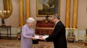 Büyükelçi Abdurrahman Bilgiç, Kraliçe II. Elizabeth Güven Mektubu