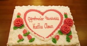 İngiltere Türk Aile Birliği Öğretmenler Günü Kutlama ve Yılın öğretmeni
