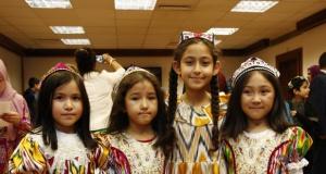 'Uygur Kültür Gecesi' Londra Yunus Emre Enstitüsü'nde Gerçekleşti