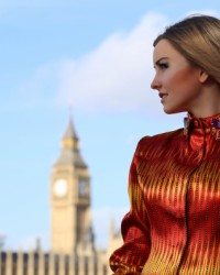 Londra Moda Haftası'nda Serap Pollard