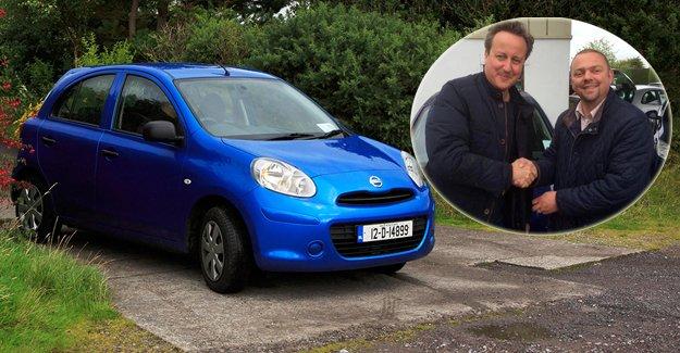 Başbakan Cameron eşine ikinci el araba aldı