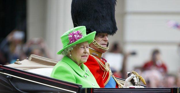 Londra'da Kraliçe'nin 90. doğum günü töreni