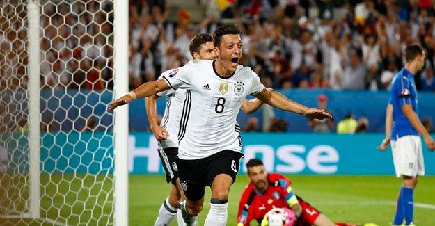 Almanya 1 : 1 İtalya