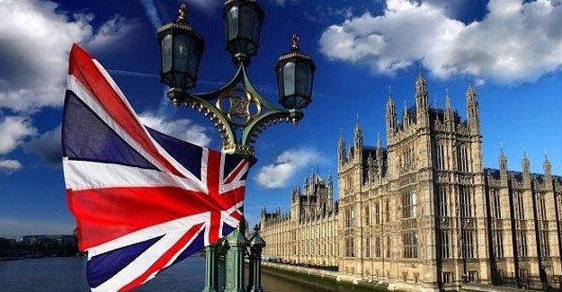 """İngiltere hükümet """"AB referandumu yenilensin"""" dilekçesine yanıt verdi"""