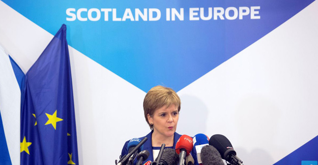 Brexit anayasal krize dönüşebilir uyarısı