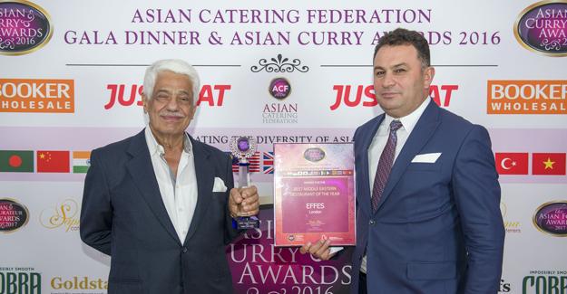 Efes Restaurant'a 'İngiltere'nin En İyisi' Ödülü