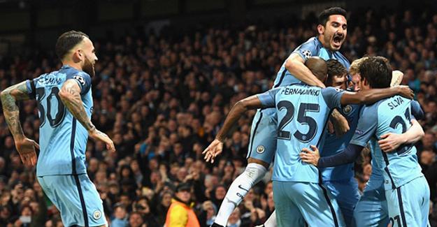 Manchester City'nin, 3 golünden 2'si İlkay Gündoğan'dan