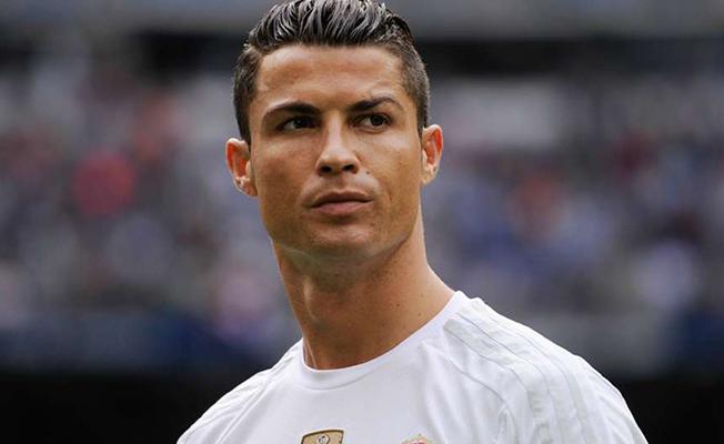 Türk taraftarlar Ronaldo'yu mest etti
