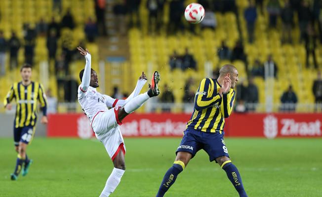 Fenerbahçe evinde Gençlerbirliği'ne yenildi