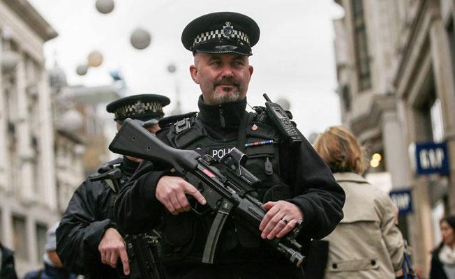 Londra polisi silahlanacak mı?