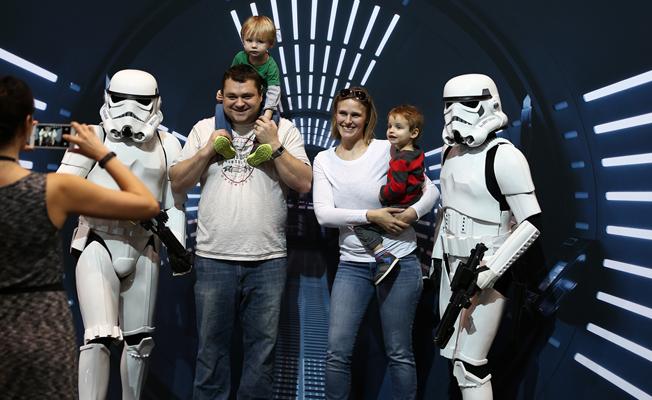 Otomobil Fuarı'na 'Star Wars' damgası