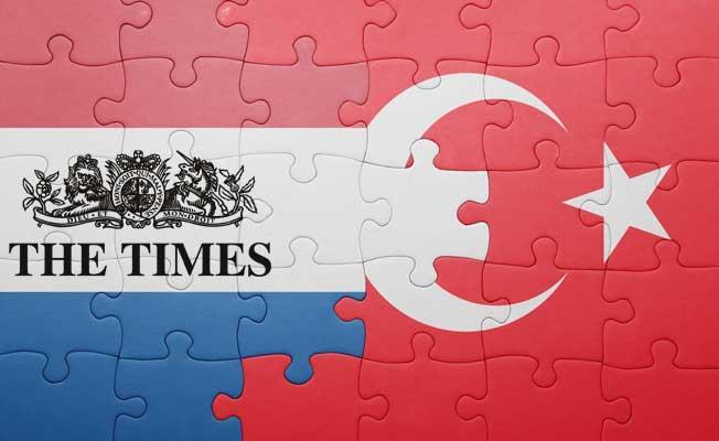 """The Times'dan Avrupa'ya Türkiye'ye karşı """"tutarlı ol"""" çağrısı"""
