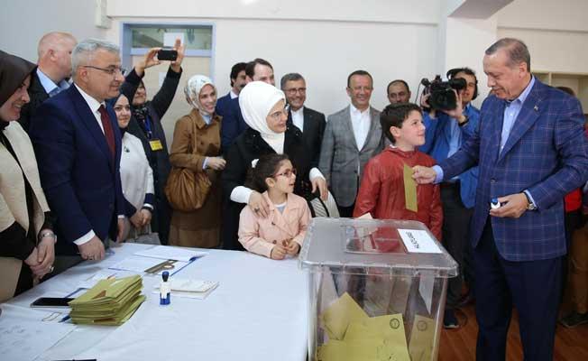 Erdoğan'ın oy verdiği sandıktan çıkan sonuç!