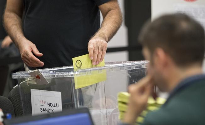 İngiltere'de oy verme işlemi başladı