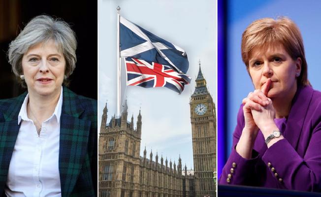 İki kadın liderin İskoçya için bilek güreşi