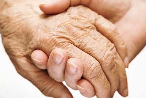 Parkinson hastalarının hayatın içinde kalması mümkün
