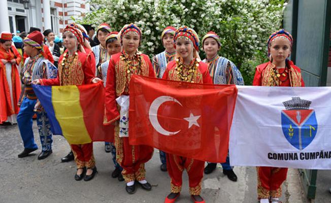 Romanya'da Türk yürüyüşü yapıldı