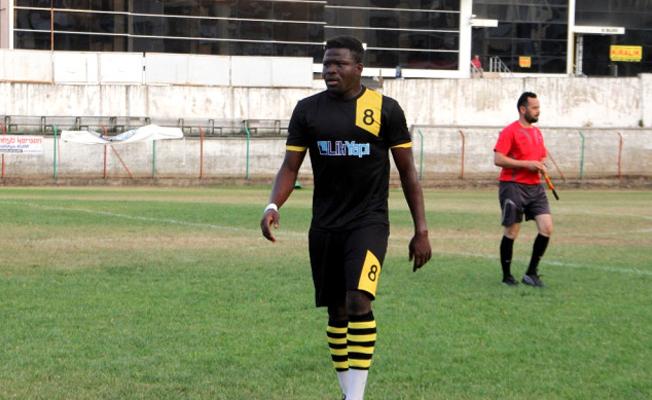 Ganalı futbolcu 10 kilo zeytinyağına transfer oldu