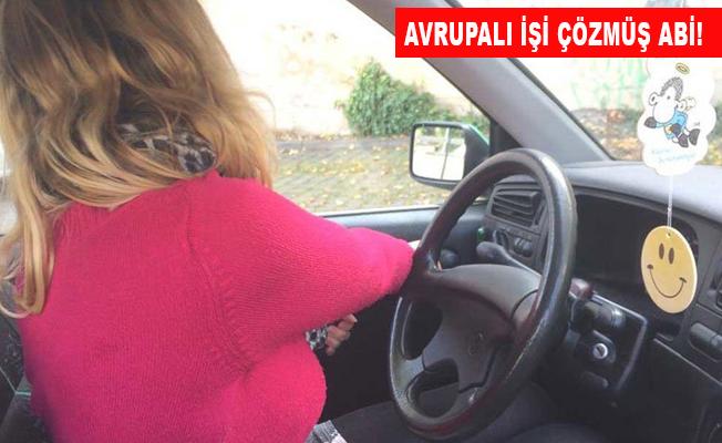 Aracınızın kapısını hangi elle açıyorsunuz?