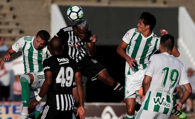Beşiktaş, Real Betis'le berabere kaldı