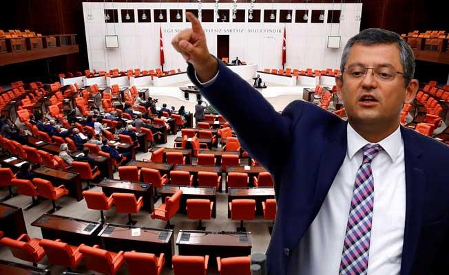 CHP, Meclisi terk etmeme eylemi başlattı
