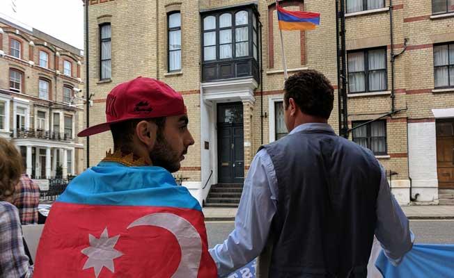 Ermeni saldırılarına Londra'da protesto