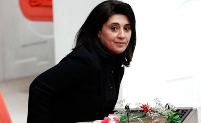 Leyla Zana beraat etti
