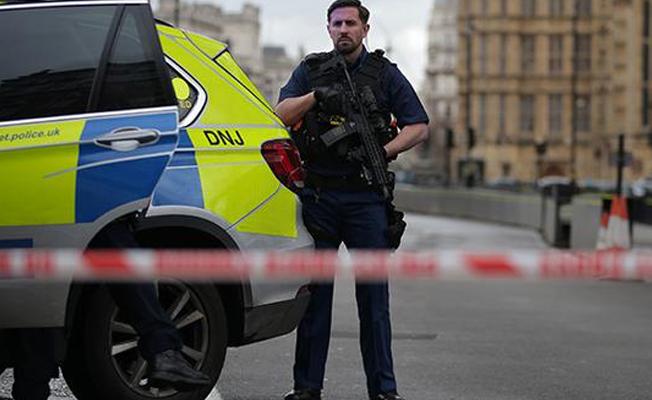 İngiltere'de polise yönelik saldırıda bir gözaltı