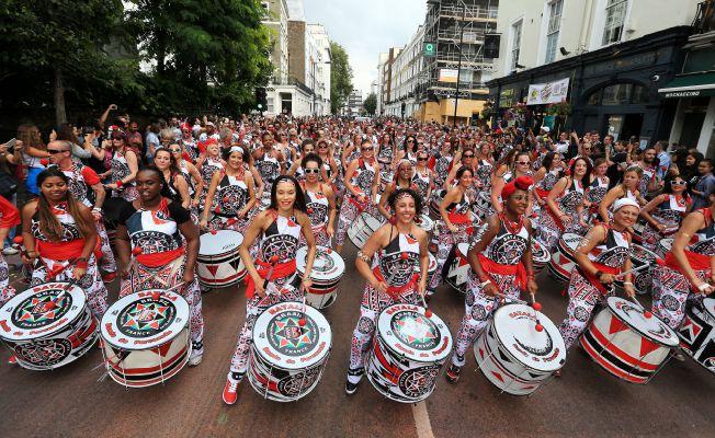 "Londra'nın ünlü ""Notting Hill Karnavalı"" başladı"