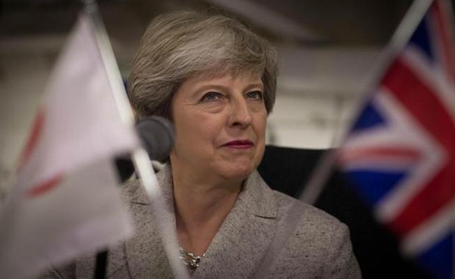 Theresa May, bırakmayı düşünmüyor
