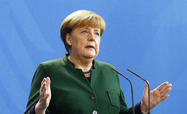 Merkel'den Gümrük Birliği anlaşmasında burun kıvırdı