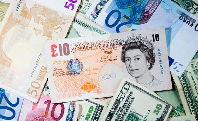 Sterlin euro karşısında en düşük seviyi gördü