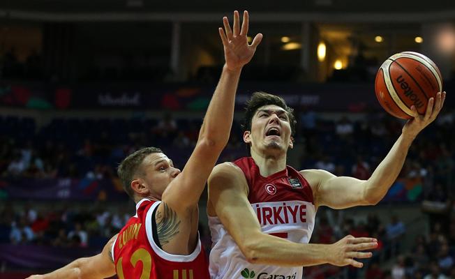 Basketbolda Türkiye: 73 Rusya:76