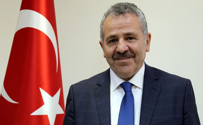 AK Parti'de sürpriz istifa!