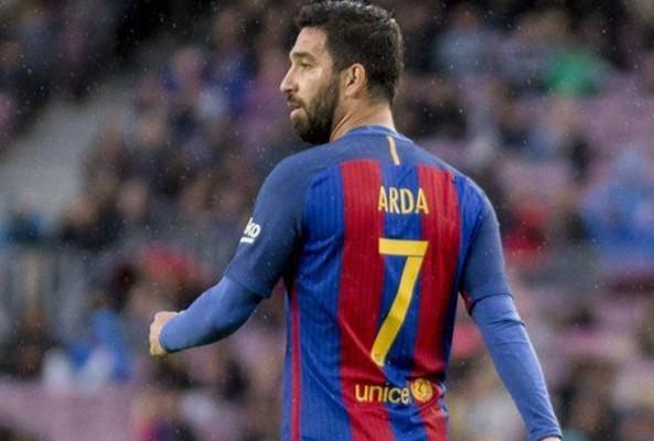 Arda Turan için flaş iddia... Futbolu bırakacak!
