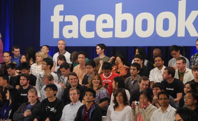 Facebook 1000 kişiyi işe almaya hazırlanıyor!