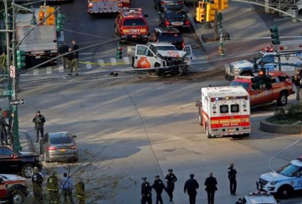 New York'ta saldırı: En az 8 kişi hayatını kaybetti