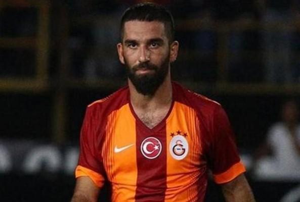 Arda Turan transferi yine imza aşamasında tıkandı