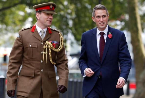 İngiltere'de yeni savunma bakanı atandı