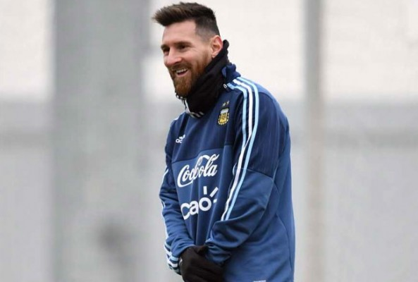 Lionel Messi, dünya kupasını kazanırlarsa...