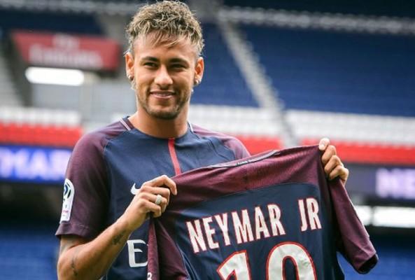 Real Madrid, Neymar'ı transfer etmek için kesenin ağzını açtı