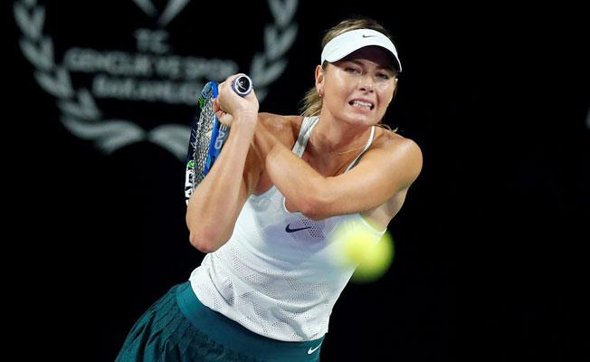 Sharapova, Büyükakçay'ı yendi