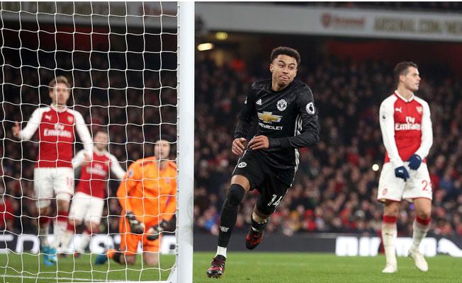 Manchester United, Arsenal'i rahat geçti