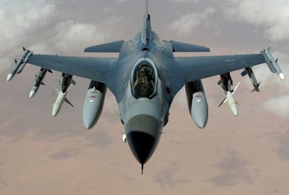 İngiltere'den Rus jetlerine karşı gözlem uçuşu
