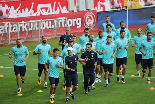 Millî Takım, Rusya ile hazırlık maçı yapacak
