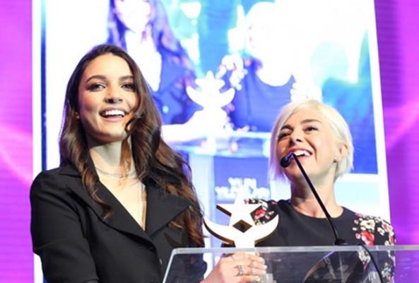 Yılın Yıldızları Ödülleri sahiplerini buldu.