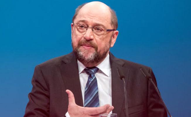 Almanya  istifa şokuyla sarsıldı!