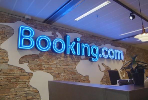 Booking Türkiye'ye dönüyor