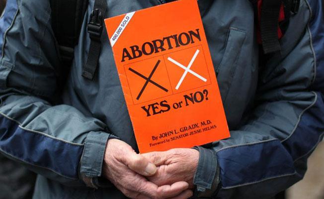 İrlanda'da kürtaj referandumu yapılacak